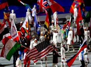 Sochi-Olympic-Closing-Ceremony-Flags_